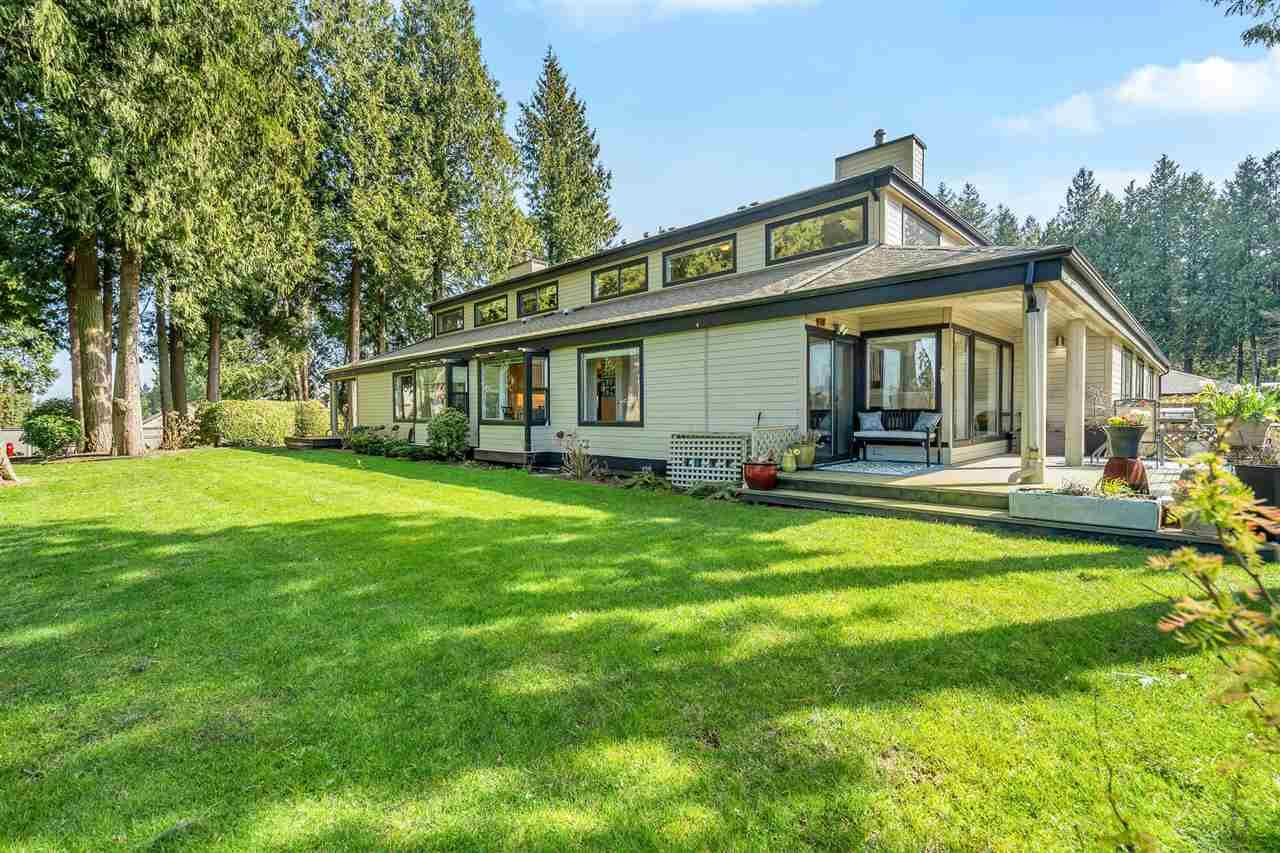 """Main Photo: 3740 NICO WYND Drive in Surrey: Elgin Chantrell Townhouse for sale in """"NICO WYND ESTATES"""" (South Surrey White Rock)  : MLS®# R2446956"""