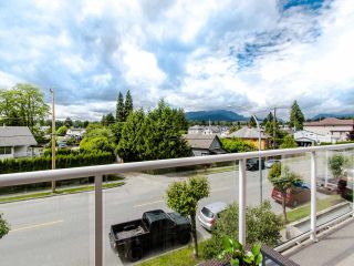 """Photo 5: 305 3128 FLINT Street in Port Coquitlam: Glenwood PQ Condo for sale in """"FRASER COURT TERRACE"""" : MLS®# R2456754"""