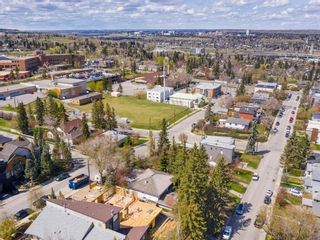 Photo 5: 2117 18A Street SW in Calgary: Bankview Detached for sale : MLS®# A1107732