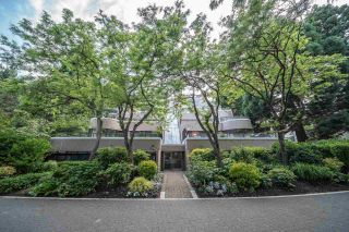 """Photo 6: 52 1425 LAMEY'S MILL Road in Vancouver: False Creek Condo for sale in """"Harbour Terrace"""" (Vancouver West)  : MLS®# R2499558"""