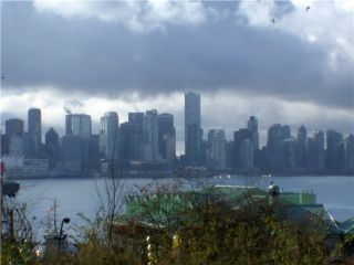 Photo 2: 209 175 W 1ST Street in North Vancouver: Lower Lonsdale Condo for sale : MLS®# V980148