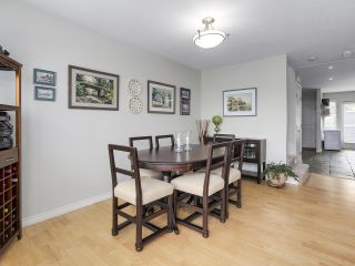 Photo 15: A3 240 W 16th Street in North Vancouver: Central Lonsdale Townhouse  : MLS®# R2178079