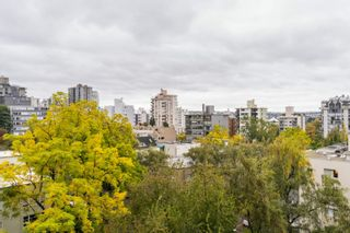 """Photo 17: 806 1251 CARDERO Street in Vancouver: West End VW Condo for sale in """"SURFCREST"""" (Vancouver West)  : MLS®# R2625738"""