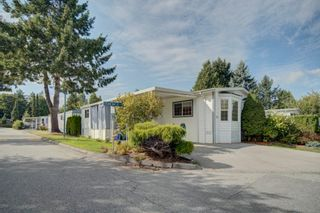 """Photo 21: 85 7790 KING GEORGE Boulevard in Surrey: East Newton Manufactured Home for sale in """"CRISPEN BAYS"""" : MLS®# R2617693"""
