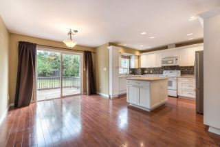 Photo 6: 8690 149 Street in Surrey: Bear Creek Green Timbers House for sale : MLS®# R2210042