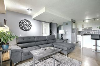 Photo 1: 32 3800 FONDA Way SE in Calgary: Forest Heights Row/Townhouse for sale : MLS®# C4297914