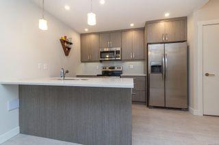 Photo 4: 301 2783 Strathmore Rd in : La Langford Proper Condo for sale (Langford)  : MLS®# 866818