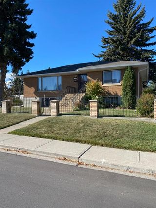 Photo 2: 945 42 Street SW in Calgary: Rosscarrock Detached for sale : MLS®# A1152996