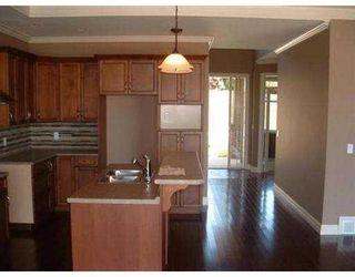 "Photo 5: 6367 SAMRON RD in Sechelt: Sechelt District House for sale in ""ORCA VISTA"" (Sunshine Coast)  : MLS®# V531287"