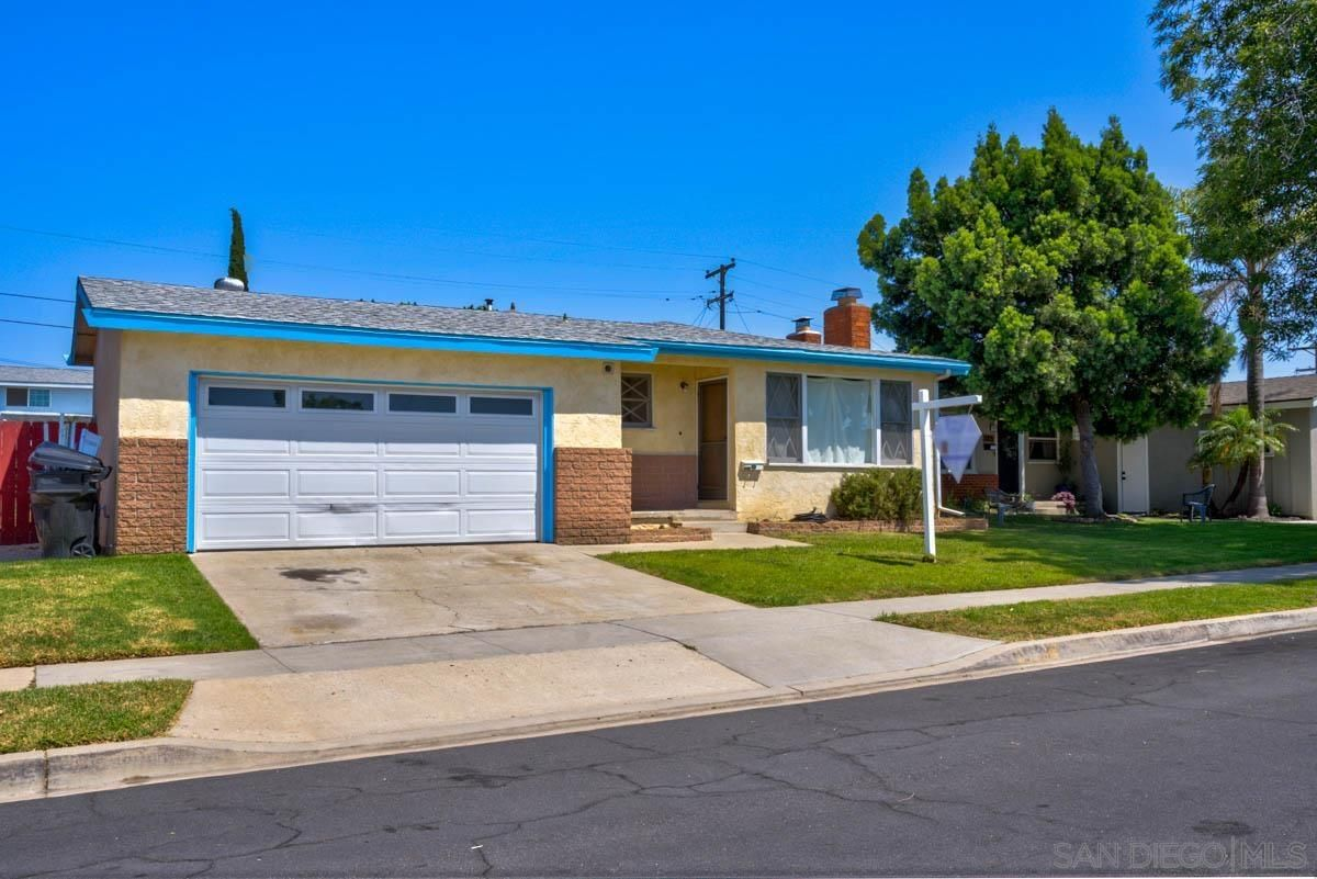 Main Photo: CLAIREMONT House for sale : 4 bedrooms : 3733 Belford in san diego