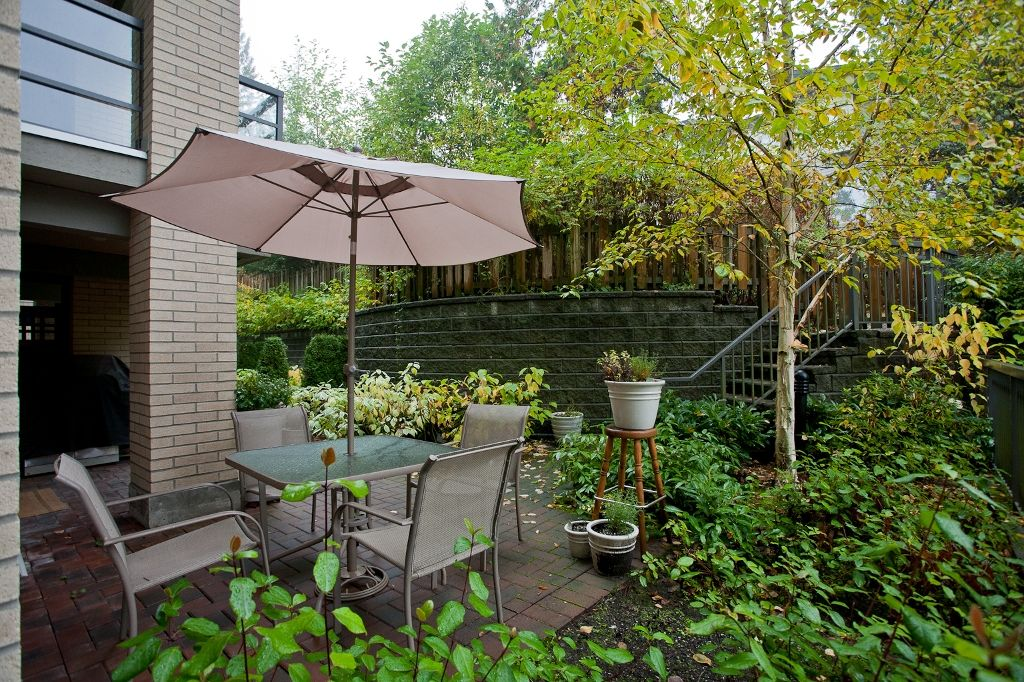"""Photo 12: Photos: 313 9319 UNIVERSITY Crescent in Burnaby: Simon Fraser Univer. Condo for sale in """"HARMONY AT THE HIGHLAND"""" (Burnaby North)  : MLS®# V924825"""