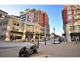 """Photo 2: 4028 Knight Street in Vancouver: Knight Condo for sale in """"King Edward Village"""" (Vancouver East)  : MLS®# V801139"""