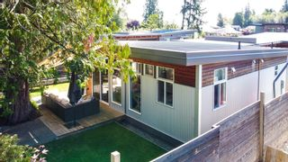 Photo 14: 886 TROWER Lane in Gibsons: Gibsons & Area 1/2 Duplex for sale (Sunshine Coast)  : MLS®# R2614643
