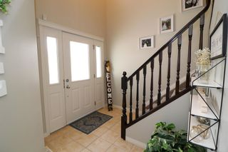 Photo 5: 10628 181 Avenue in Edmonton: Zone 27 House for sale : MLS®# E4247621