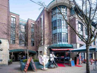 """Photo 6: 201 2665 W BROADWAY in Vancouver: Kitsilano Condo for sale in """"MAGUIRE BUILDING"""" (Vancouver West)  : MLS®# R2565478"""
