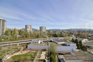 """Photo 15: 1206 2232 DOUGLAS Road in Burnaby: Brentwood Park Condo for sale in """"AFFINITY"""" (Burnaby North)  : MLS®# R2392830"""