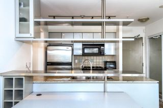 "Photo 11: 3307 1495 RICHARDS Street in Vancouver: Yaletown Condo for sale in ""AZURA II"" (Vancouver West)  : MLS®# R2125744"