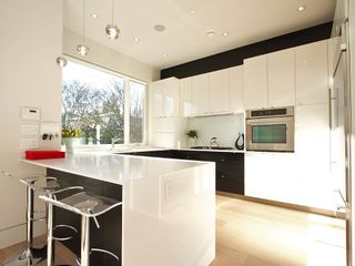 Photo 8: 856 W 19TH Avenue in Vancouver: Cambie House for sale (Vancouver West)  : MLS®# V950578