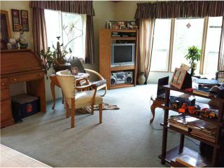 Photo 4: 108 LIKELY Road: 150 Mile House Manufactured Home for sale (Williams Lake (Zone 27))  : MLS®# N219553