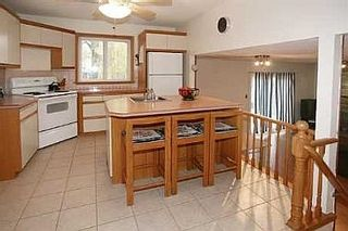 Photo 5: 122 DARLINGSIDE DR in TORONTO: Freehold for sale