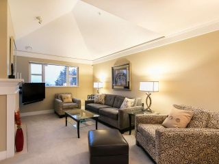 """Photo 4: 304 3088 W 41ST Avenue in Vancouver: Kerrisdale Condo for sale in """"LANESBOROUGH"""" (Vancouver West)  : MLS®# R2323364"""