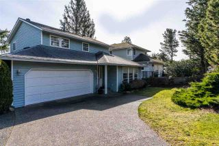 """Photo 3: 2258 MOUNTAIN Drive in Abbotsford: Abbotsford East House for sale in """"Mountain Village"""" : MLS®# R2543392"""