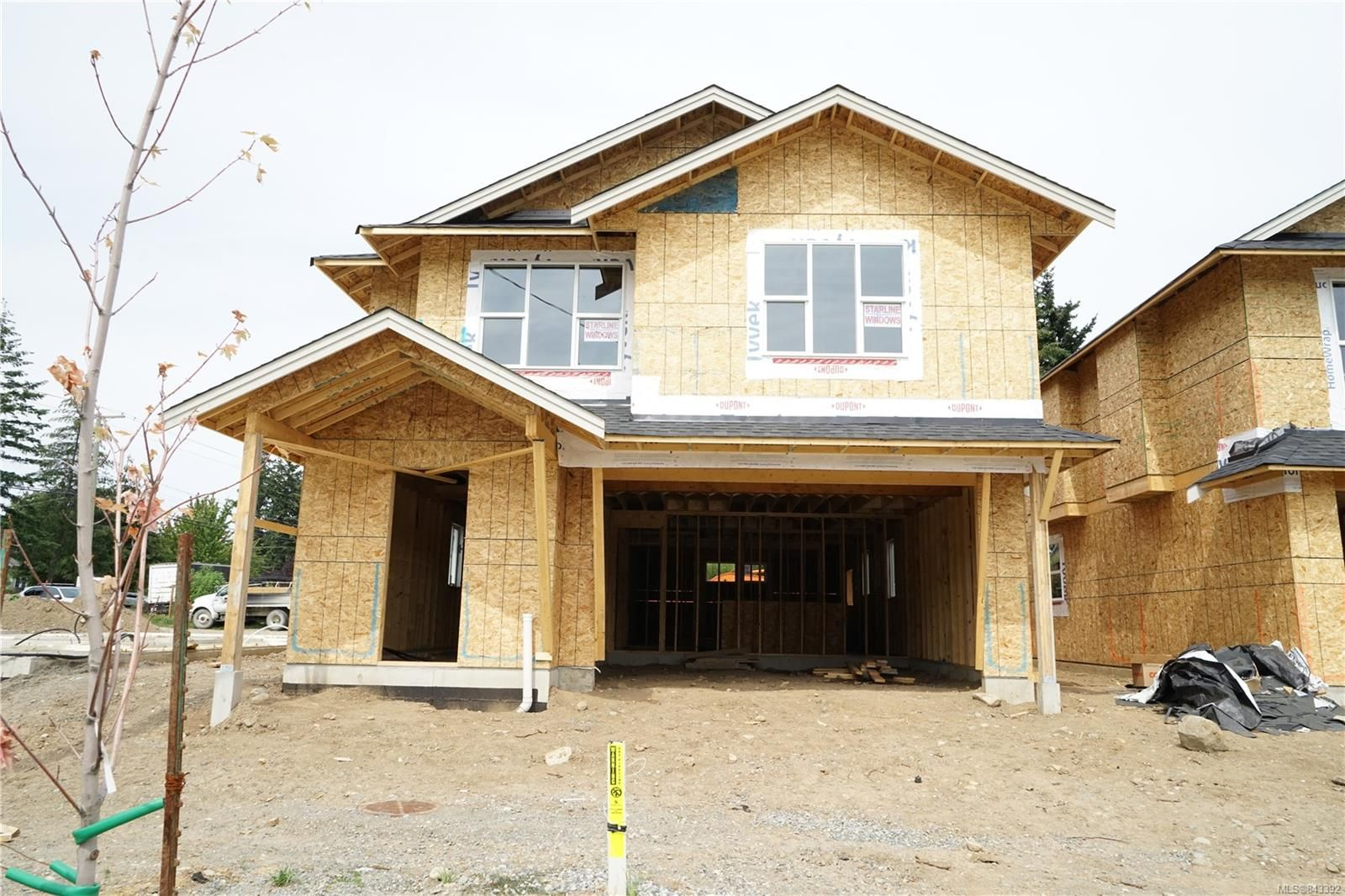 Photo 1: Photos: 2584 Rosstown Rd in NANAIMO: Na Diver Lake House for sale (Nanaimo)  : MLS®# 843392