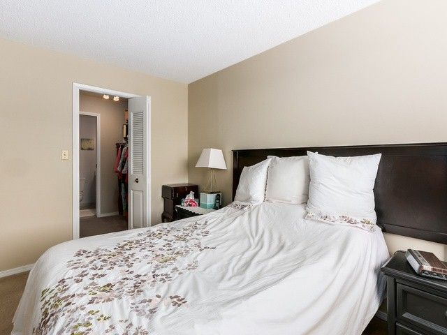 """Photo 10: Photos: 203 15010 ROPER Avenue: White Rock Condo for sale in """"Baycrest"""" (South Surrey White Rock)  : MLS®# F1417713"""