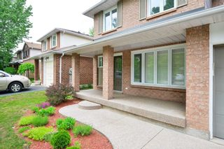 Photo 3: 229 Village Wood Road in Oakville: Bronte West House (2-Storey) for lease : MLS®# W5242624
