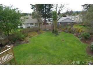Photo 14: 659 Rockingham Rd in VICTORIA: La Mill Hill Half Duplex for sale (Langford)  : MLS®# 502560