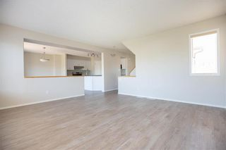 Photo 7: 19 Cedarcroft Place in Winnipeg: River Park South Residential for sale (2F)  : MLS®# 202015721