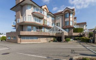 """Photo 3: 107 32669 GEORGE FERGUSON Way in Abbotsford: Abbotsford West Condo for sale in """"CANTERBURY GATE"""" : MLS®# R2310286"""