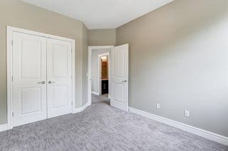 Photo 18: 1609 Broadview Road NW in Calgary: Hillhurst Semi Detached for sale : MLS®# A1136229