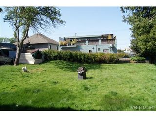 Photo 18: 812 Wollaston St in VICTORIA: Es Old Esquimalt House for sale (Esquimalt)  : MLS®# 702085