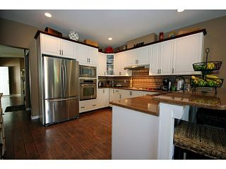 "Photo 8: 51 5811 122ND Street in Surrey: Panorama Ridge Townhouse for sale in ""Lakebridge"" : MLS®# F1314502"