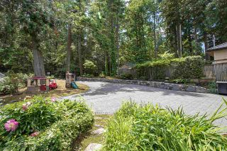 Photo 4: 4696 EASTRIDGE Road in North Vancouver: Deep Cove House for sale : MLS®# R2467614