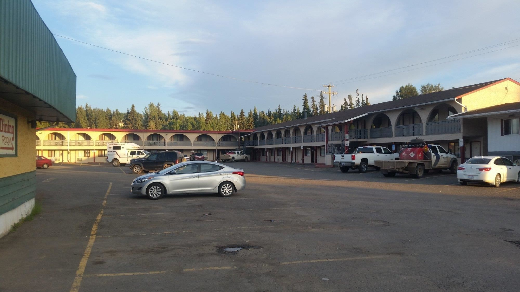 Main Photo: 55 Room Motel with property for sale in BC: Business with Property for sale