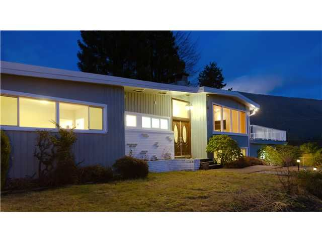 Main Photo: 99 BONNYMUIR DR in West Vancouver: Glenmore House for sale : MLS®# V931888