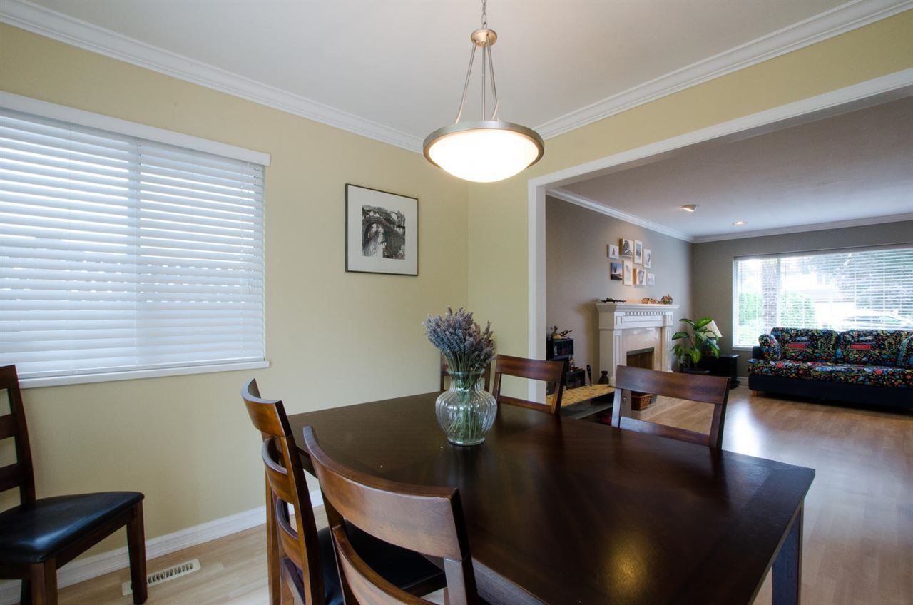 """Photo 6: Photos: 6159 45 Avenue in Delta: Holly House for sale in """"Sunrise"""" (Ladner)  : MLS®# R2284913"""