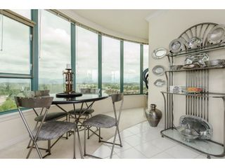 """Photo 10: 1701 32330 SOUTH FRASER Way in Abbotsford: Abbotsford West Condo for sale in """"Town Center"""" : MLS®# R2222814"""