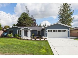Photo 3: 20561 43A Avenue in Langley: Brookswood Langley House for sale : MLS®# R2511478