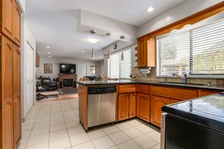 Photo 11: 8018 WOODHURST Drive in Burnaby: Forest Hills BN House for sale (Burnaby North)  : MLS®# R2164061