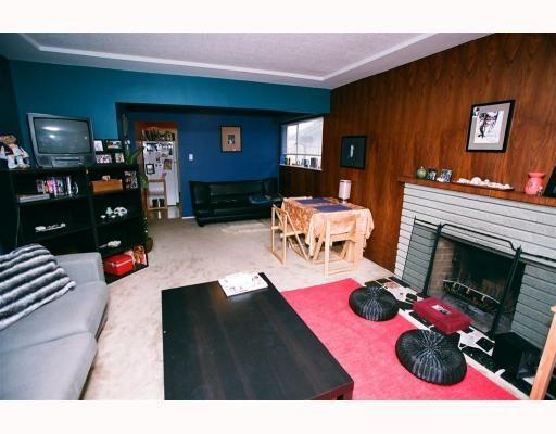 "Photo 4: Photos: 3695 NANAIMO Street in Vancouver: Grandview VE House for sale in ""GRANDVIEW"" (Vancouver East)  : MLS®# V790977"