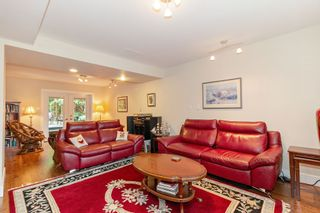 """Photo 16: 3091 HOSKINS Road in North Vancouver: Lynn Valley House for sale in """"Lynn Valley"""" : MLS®# R2465736"""