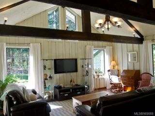 Photo 4: 1077 LAZO ROAD in COMOX: Z2 Comox Peninsula House for sale (Zone 2 - Comox Valley)  : MLS®# 569069