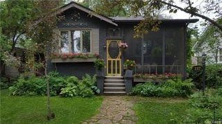 Photo 1: 117 Renfrew Street in Winnipeg: River Heights Residential for sale (1C)  : MLS®# 1716486
