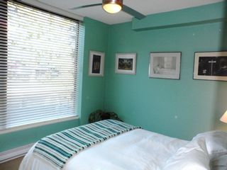 """Photo 12: # 6 - 11 E. Royal Avenue in New Westminster: Fraserview NW Townhouse for sale in """"VICTORIA HILL"""" : MLS®# R2033791"""