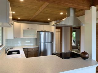 Photo 6: 244 SPINNAKER Drive: Mayne Island House for sale (Islands-Van. & Gulf)  : MLS®# R2446944