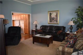 Photo 3: 150 MAPLE Street in Gimli: Aspen Park Condominium for sale (R26)  : MLS®# 1913066