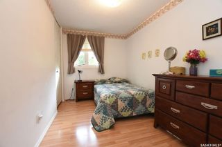 Photo 14: 103 Magee Crescent in Regina: Argyle Park Residential for sale : MLS®# SK786525